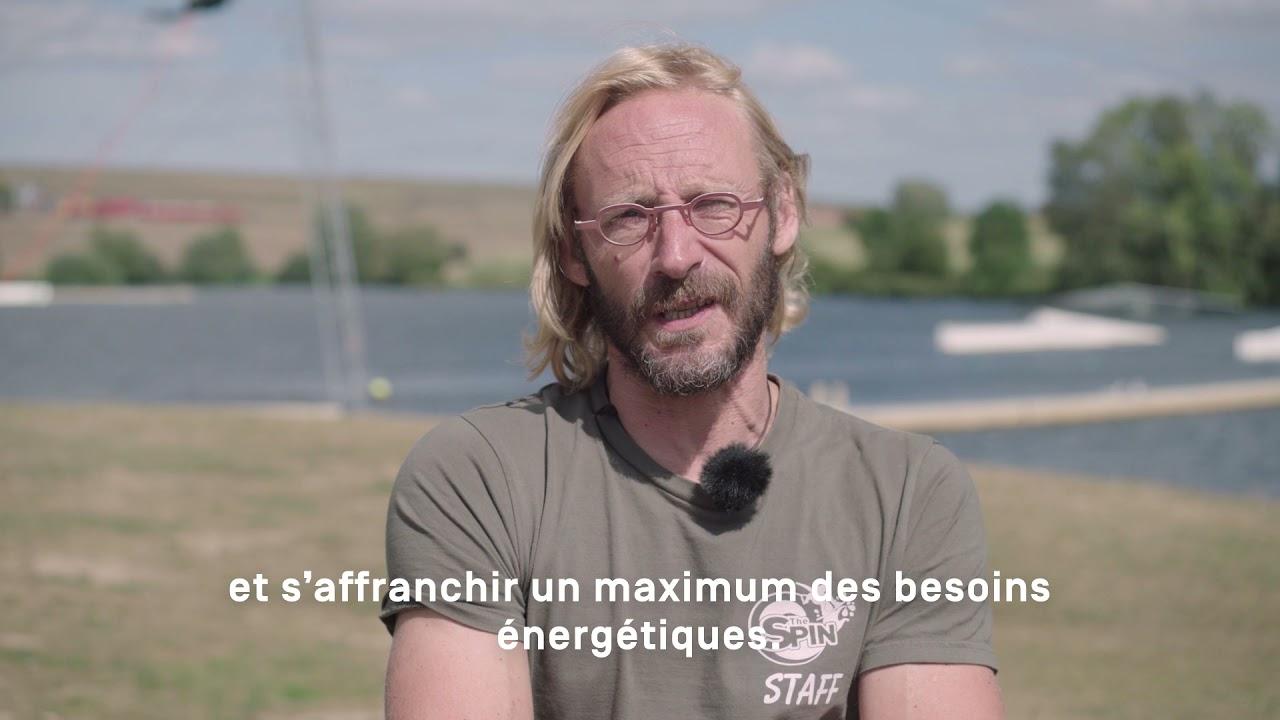 Milieubewust waterskiën? In Charleroi Métropole kan dat