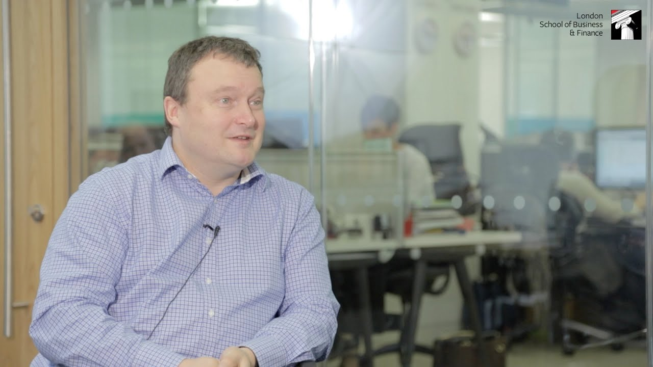 Great Minds Series: Andrew Miller, CEO of Guardian Media Group