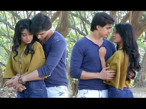 Karthik proposes to naira, mismerizing moment please watch - Youtube