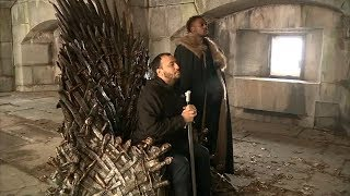 'Game of Thrones' fans scramble to find replica throne in New York City