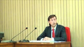 preview picture of video 'Dr. Emmanuel Jimenez Franco: Gobernanza y control (1)'