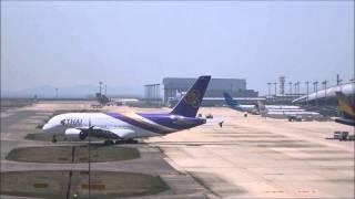 迫力満点 エアバスA380離陸風景