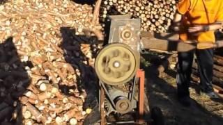 Brennholzsägen - Eigenbau.