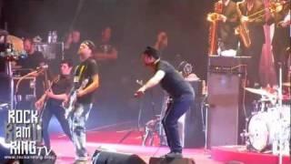 Beatsteaks - Ain't Complaining (mit Seeed) live in Essen 07.12.2011 rockamring-blog.de