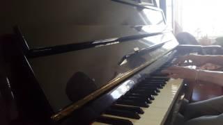 "Barry Manilow ""Ships"" piano"
