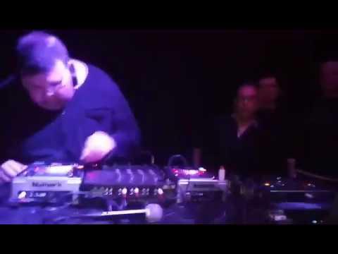DJ FESTER en ku REMEMBER ALAKUAS