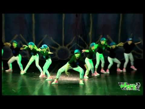 Street Dance - Kids | DO U SPEAK DANCE Showcase 2015 by Total Dance Center
