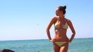 Смотреть онлайн Как правильно загорать на солнце летом