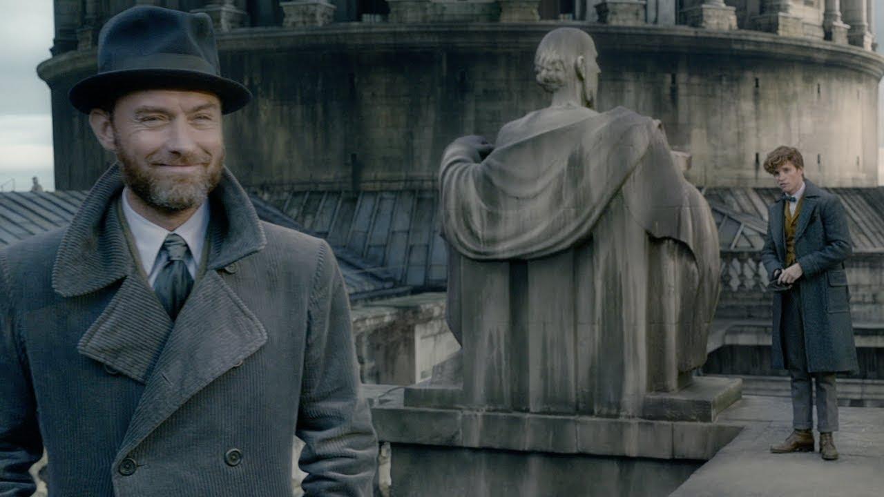 Video trailer för Fantastic Beasts: The Crimes of Grindelwald - Official Teaser Trailer