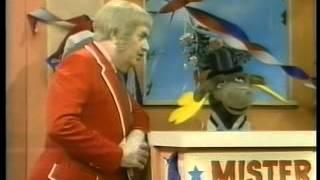 Captain Kangaroo - Mr  Moose for President
