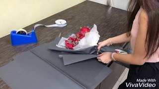 How To Wrap A Rose Hand Bouquet || Flower Wrapping Ideas