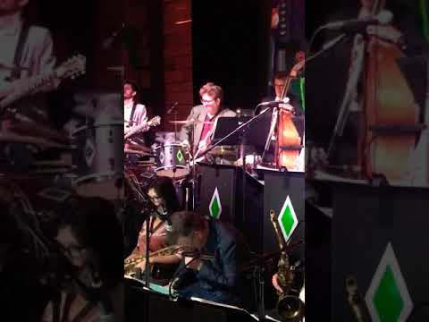 """The BBB Featuring Bernie Dresel - LIVE - Los Angeles - """"Drum Solo"""""""