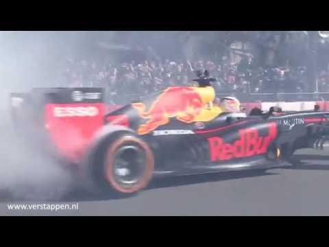 Max Verstappen & Pierre Gasly - Red Bull showrun in Tokyo, Japan