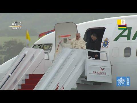 Arrivée du pape François à Maurice