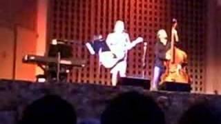 Martha Wainwright - The Traitor