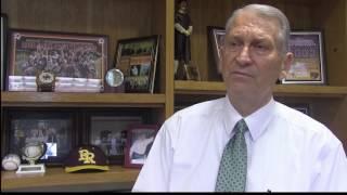 PRCC President Dr. William Lewis retires