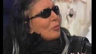 LOREDANA BERTE' - prima puntata di Music Farm 2004 (1/2)