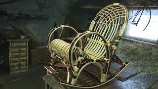 Плетеное кресло качалка из лозы