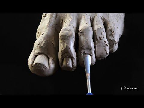 Video: Arte figurativo: cuando la arcilla cobra vida en manos de Philippe Faraut