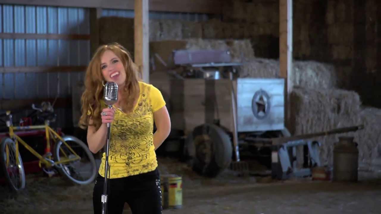 Larissa - I Feel Yellow - Co-P
