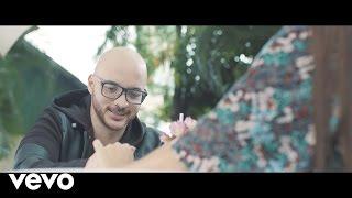 Abre Los Ojos - Dani Barón   (Video)