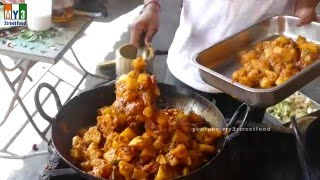 POTATO CURRY - ALOO CURRY  - SOUTH INDIAN DISH - 4K VIDEO