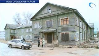 Жители одного из аварийных домов поселка Пролетарий требуют срочного расселения