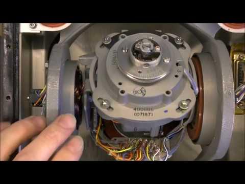[Fr] Démontage d'un gyroscope de Boeing 737