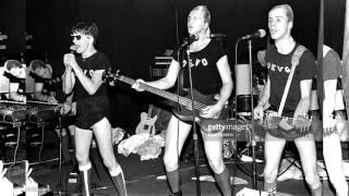 Devo Sloppy  (I Saw My Baby Gettin') (Live New York 1977)