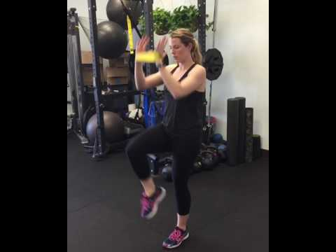 Step back lunge with overhead reach