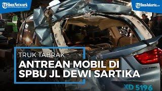Truk Tabrak 10 Mobil yang Antre Masuk Pom Bensin di Jalan Dewi Sartika, Sopir Angkot Sempat Terjepit