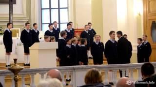 Les Petits Chanteurs à la Croix de Bois — Marussia