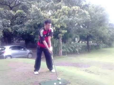 Video Belajar golf pemula, iron 8 jarak 100 meter
