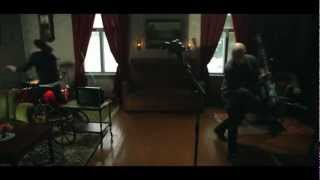 Apulanta - Zombeja! Musiikkivideo (OFFICIAL)