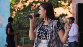 Fibri Viola   Goyang Dua Jari  SERA Live SMAN 3 Bojonegoro