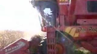 preview picture of video 'Cosecha de maiz en Chacabuco con Don Roque 150 Parte 2'