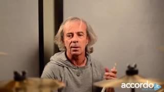 """Agostino Marangolo: """"Come suonare """"A me me  piace o' Blues"""" di Pino Daniele"""" (Lezione di Batteria)"""