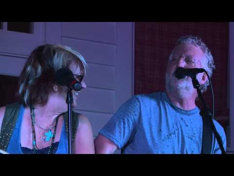 Pam & Terry - She Wishes I Was Keith Urban - Groovin' in the Grove