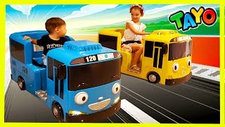 The Little Bus Tayo and Lani Kids Car Amusement Riding a Bus 꼬마버스 타요와 라니 자동차 놀이