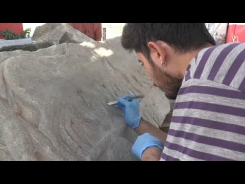 Αρχαιολογία: Αποκαλύφθηκε ανάγλυφο με σκηνές από τους Περσικούς πολέμους…