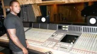 Young Chris - Flatline (Feat. Lloyd Banks)