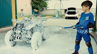 Den ride on Quad BIKE to CAR WASH