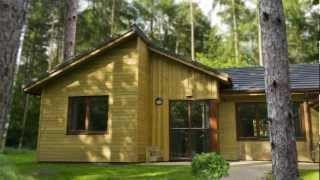 preview picture of video 'Center Parcs Woburn Forest - Lodges in the Forest'