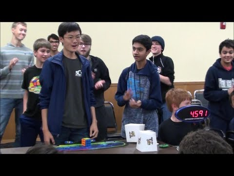 This Teen Breaks The Rubik's Cube World Record With 4.59 Seconds!
