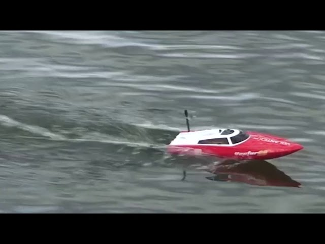 Volantex RC - Vector 28 (Mini RC Boat) - Review and Run