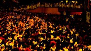 preview picture of video 'Conciertos San Fermines. La Pegatina en la Plaza de los Fueros'
