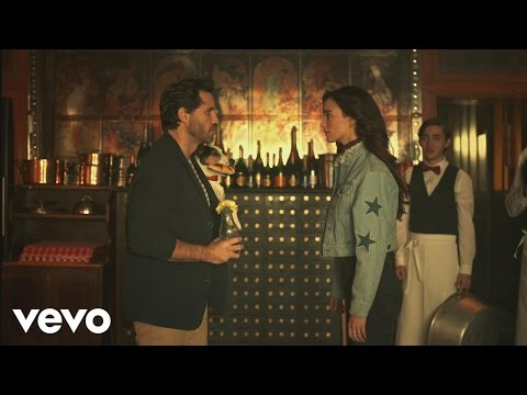 Residente - Desencuentro (Official Video) ft. Soko