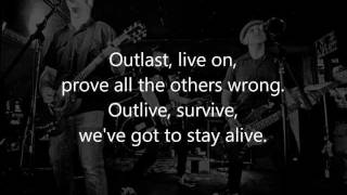 Video Threes Away - Outlast (lyric video)