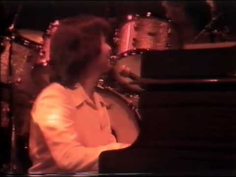 Feel The Benefit - 10cc Live in Concert 1977