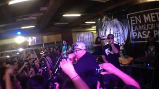 Tiro de Gracia - Viaje sin Rumbo (En vivo, Metro de Santiago 2013)
